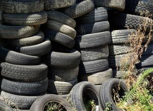 tires-904945_640