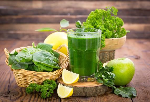 Tenha cuidado com dietas e sucos detox